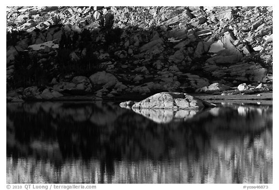 Rock and shadow, Vogelsang Lake. Yosemite National Park (black and white)