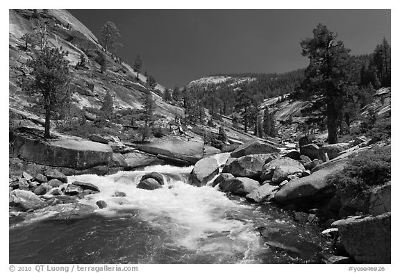 Merced river flowing in granite canyon. Yosemite National Park (black and white)