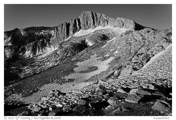 North Peak seen from McCabe Pass. Yosemite National Park (black and white)