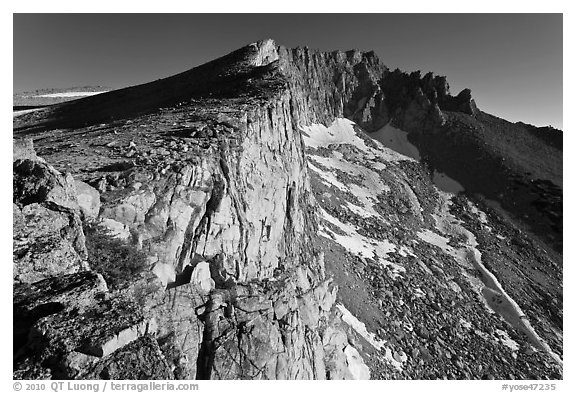 Steep rock walls, Mount Conness. Yosemite National Park (black and white)