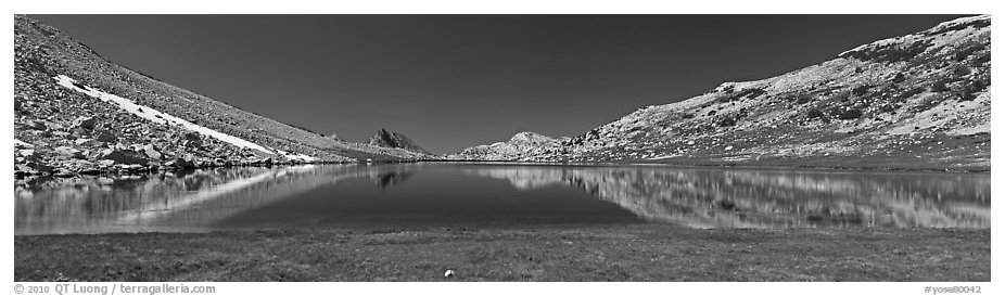Wide view of alpine lake. Yosemite National Park (black and white)