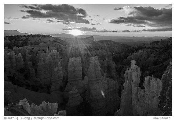 Sunrise, Fairyland Point. Bryce Canyon National Park (black and white)