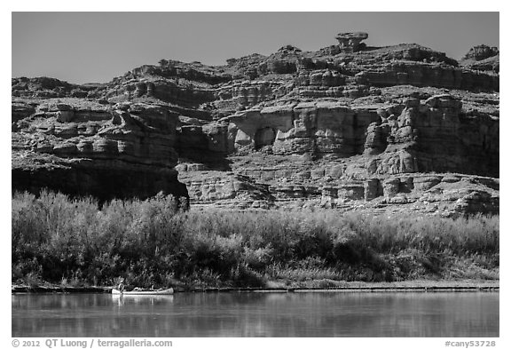 Canoeists and cliffs, Colorado River. Canyonlands National Park (black and white)