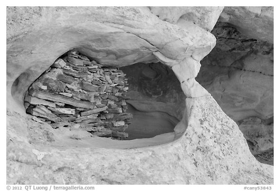 Granary nested in arch, Aztec Butte. Canyonlands National Park (black and white)
