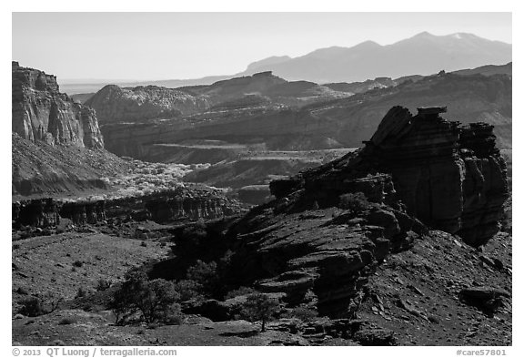 Morning from Sunset Point. Capitol Reef National Park (black and white)