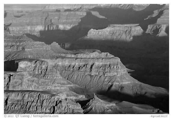 Ridges at sunrise from Moran Point. Grand Canyon National Park (black and white)