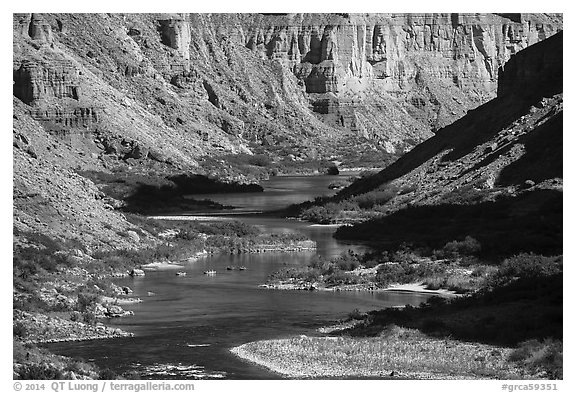 Rafts on meanders of the Colorado River at Nankoweap. Grand Canyon National Park (black and white)