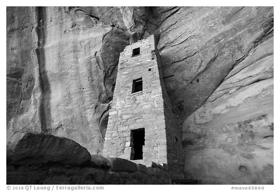 Cliff and three story tower from below, Square Tower House. Mesa Verde National Park (black and white)