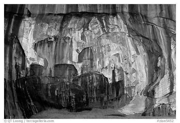 Striated rock wall, Double Arch Alcove, Middle Fork of Taylor Creek. Zion National Park (black and white)