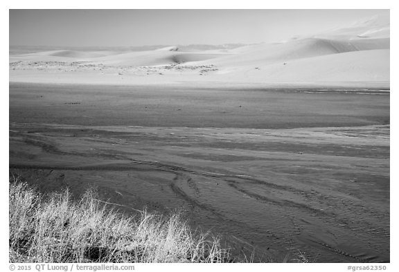 Medano Creek and dunes. Great Sand Dunes National Park and Preserve (black and white)