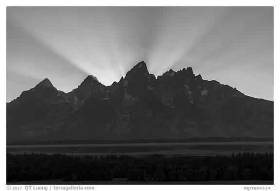 Crepuscular rays behind the Tetons. Grand Teton National Park (black and white)
