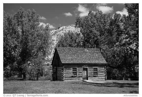 Roosevelt Maltese Cross cabin. Theodore Roosevelt National Park (black and white)