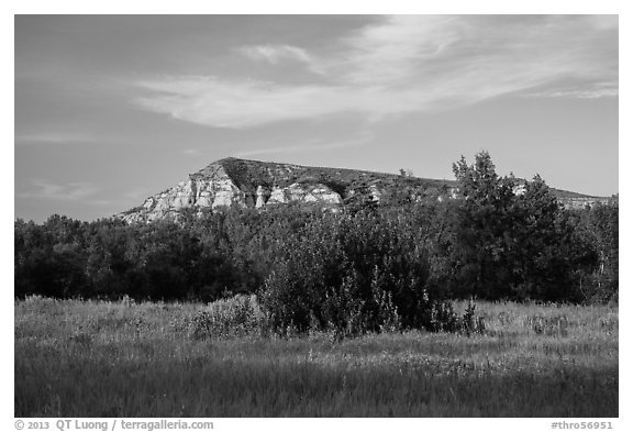 Badlands in late afternoon, Elkhorn Ranch Unit. Theodore Roosevelt National Park (black and white)