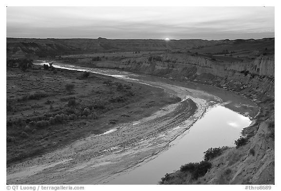 Little Missouri River, sunset. Theodore Roosevelt National Park (black and white)
