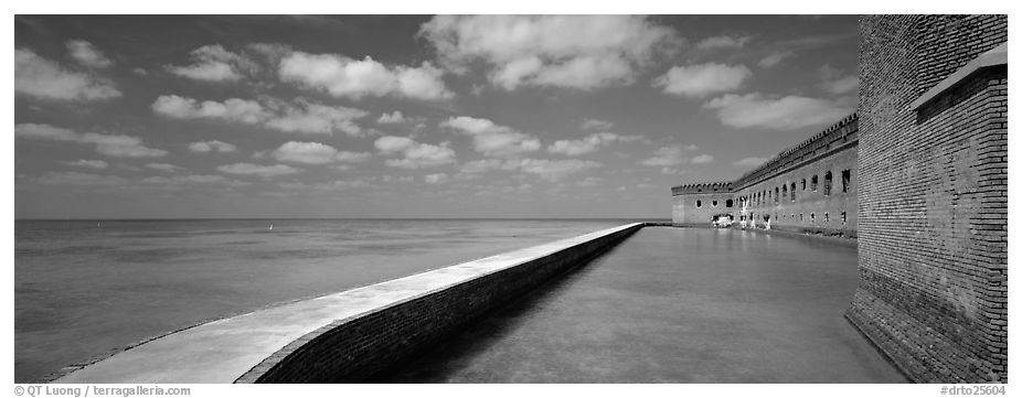 Moat and Fort Jefferson brick wall. Dry Tortugas National Park (black and white)