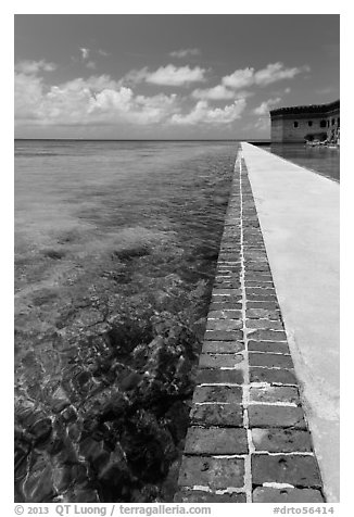 Seawall and coral reefs. Dry Tortugas National Park (black and white)