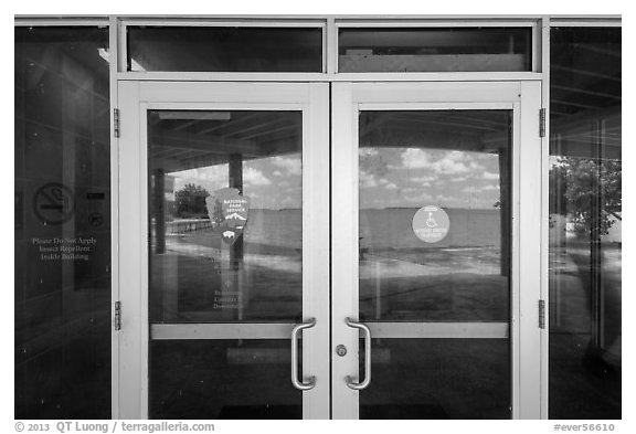 Florida Bay, Flamingo visitor center window reflexion. Everglades National Park (black and white)