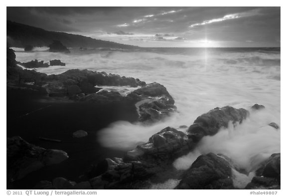 Kuloa Point stormy sunrise. Haleakala National Park (black and white)