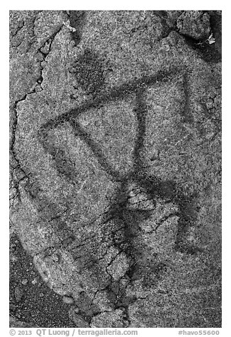Close-up of anthropomorph petroglyph. Hawaii Volcanoes National Park (black and white)