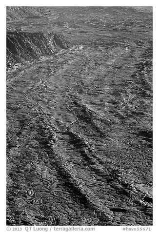 Waves of lava on Mokuaweoweo crater floor. Hawaii Volcanoes National Park (black and white)