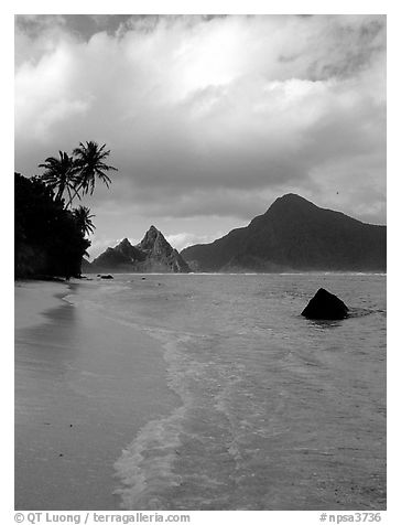 South Beach, Ofu Island. National Park of American Samoa (black and white)