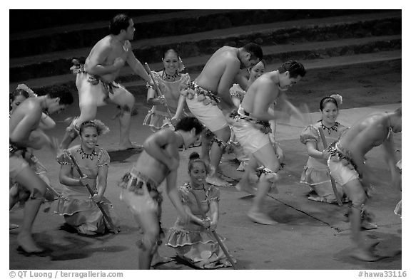 Dance performed by Samoa islanders. Polynesian Cultural Center, Oahu island, Hawaii, USA (black and white)