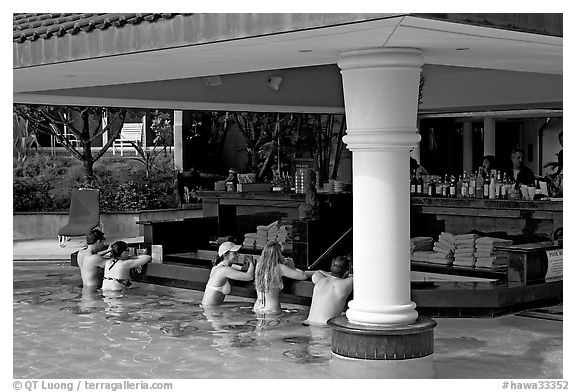 Swim-up bar, Princeville hotel. Kauai island, Hawaii, USA (black and white)
