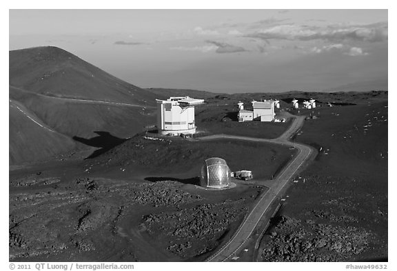 Caltech Submillimeter Telescope, James Clerk Maxwell Telescope, and submillimeter Array. Mauna Kea, Big Island, Hawaii, USA (black and white)