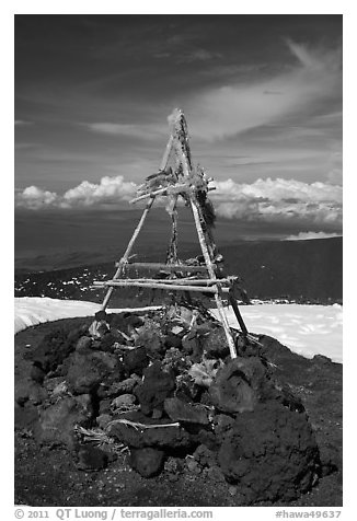 Altar on the summit. Mauna Kea, Big Island, Hawaii, USA (black and white)