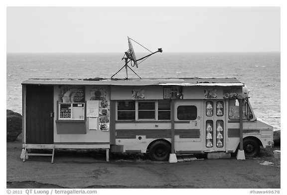 Reconverted school bus, Kahakuloa. Maui, Hawaii, USA (black and white)