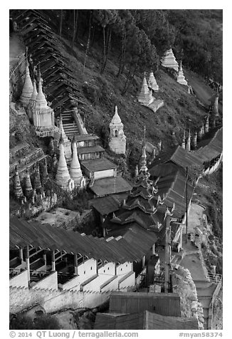 Hsaungdan (covered stairway) to the caves. Pindaya, Myanmar (black and white)