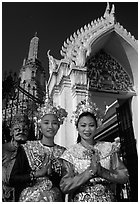 Girls in traditional thai costume, Wat Arun. Bangkok, Thailand (black and white)
