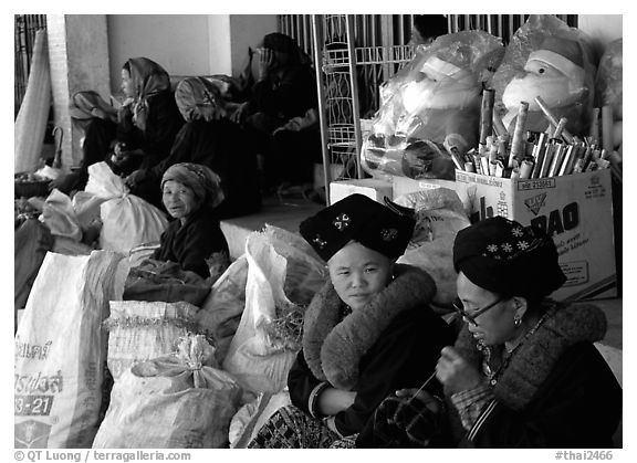Tribeswomen at market. Chiang Rai, Thailand (black and white)