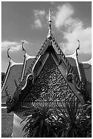 Gilded temple roof, Phu Kaho Thong. Bangkok, Thailand (black and white)