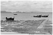 Rai Leh East at low tide. Krabi Province, Thailand (black and white)