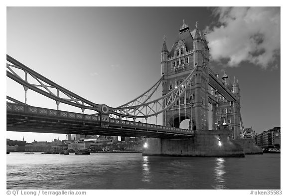 Wide view of tower bridge a landmark 1876 bascule bridge london england united kingdom