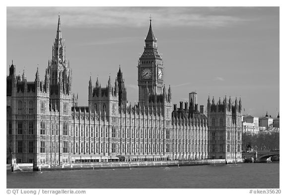Westminster Palace, early morning. London, England, United Kingdom (black and white)