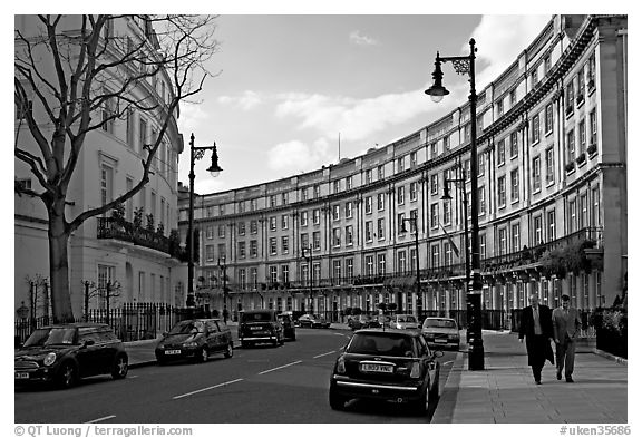Street and townhouses crescent london england united kingdom black and white