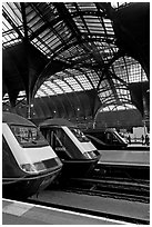 Trains in Paddington Railway station. London, England, United Kingdom ( black and white)