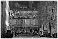 Street and train station, late afternoon. Bath, Somerset, England, United Kingdom (black and white)