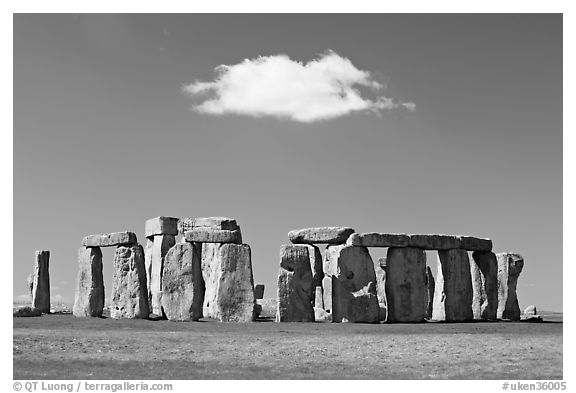 Black and white picture photo stone circle and isolated cloud stonehenge salisbury england united kingdom