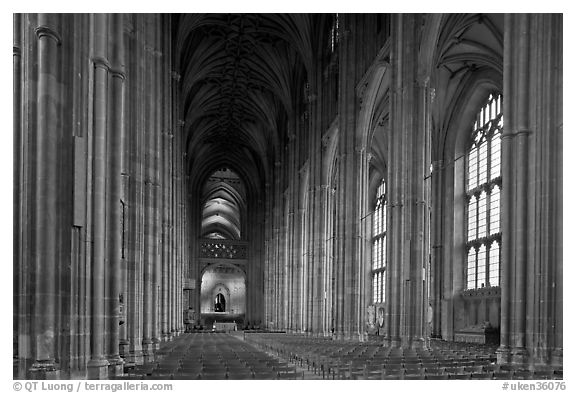 Nave, built in the Perpendicular style, Canterbury Cathedral. Canterbury,  Kent, England, United Kingdom (black and white)