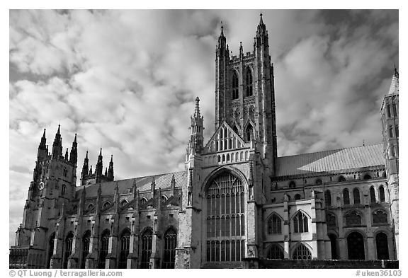 Central tower and south transept, Canterbury Cathedral. Canterbury,  Kent, England, United Kingdom (black and white)