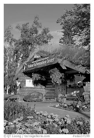 Log cabin visitor center. Anchorage, Alaska, USA (black and white)