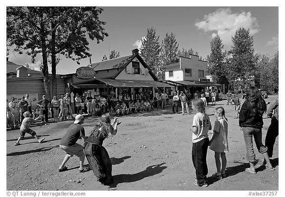 4th of July egg throwing contest. McCarthy, Alaska, USA (black and white)