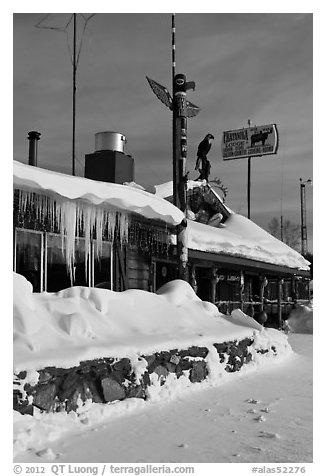 Country lodge in winter. Alaska, USA (black and white)