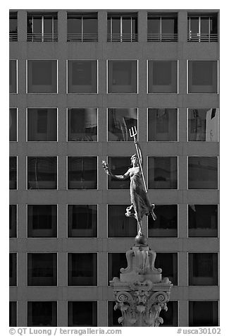 Statue on Admiral Dewey memorial column. San Francisco, California, USA (black and white)