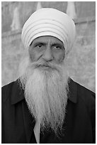 Sikh priest, Sikh Gurdwara Temple. San Jose, California, USA (black and white)