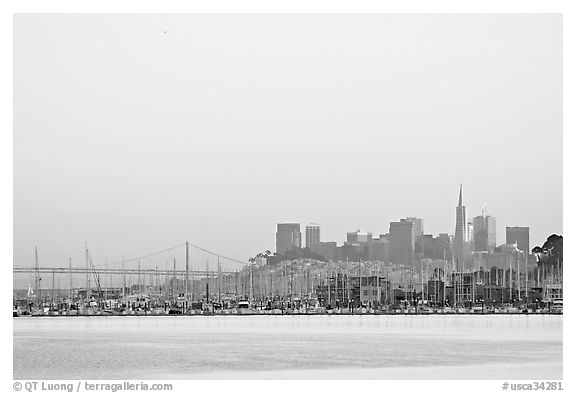 San Francisco Skyline seen from Sausalito with houseboats in background. San Francisco, California, USA (black and white)