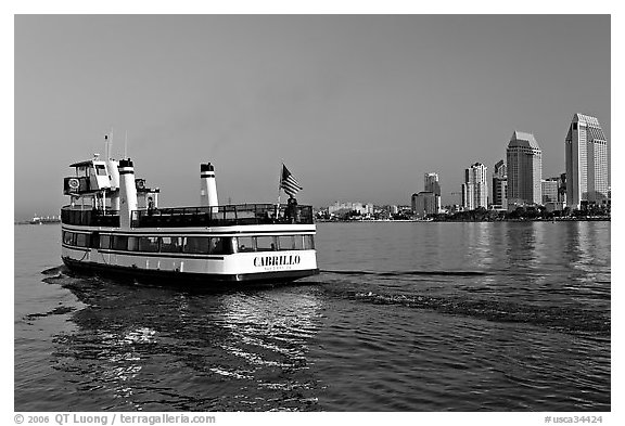Ferry departing Coronado. San Diego, California, USA (black and white)